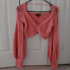 Coral cable knit long sleeve shrug